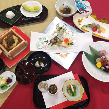 日本料理「堂満」月替わりメニューのお知らせ