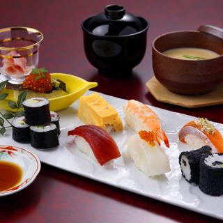 寿司ランチ「なでしこ」